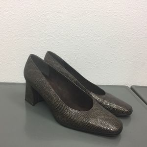 Stuart Weitzman Dark Brown Reptile Pumps Shoes 9